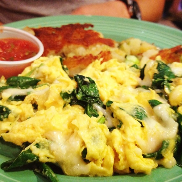 Scrambled Eggs And Jack Cheese With Spinach