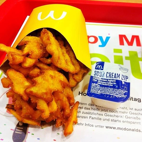 Gitter-Pommes @ McDonald's Restaurant & McCafé
