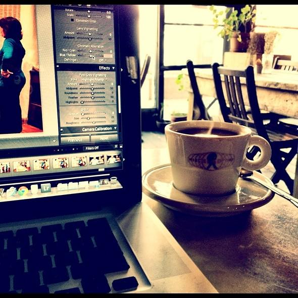 Coffee @ Milk & Roses