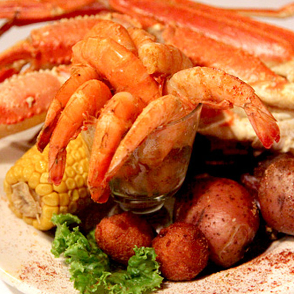 Low country platter @  Tubby's Tank House