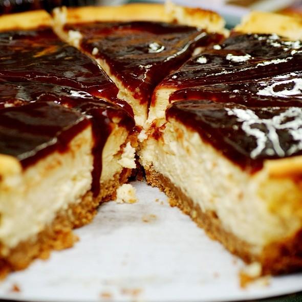 torta de queso @ La Dulce Esquina Pastelería