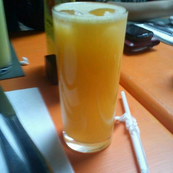 Suco de Laranja @ Zena Caffè