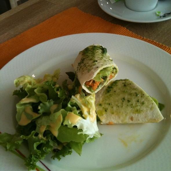 Organic Veggie Wrap @ Casa Fabiana