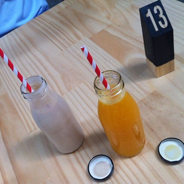 Banana Smoothie And Fresh Orange Juice @ Kitchen by Mike