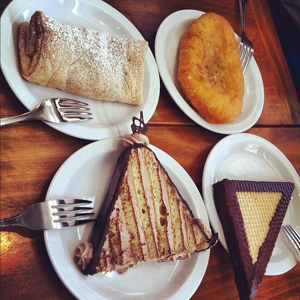 Beef And Gorgonzola Piroshki @ Cinderella Bakery & Cafe