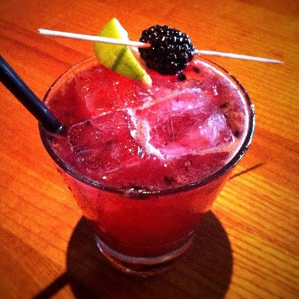 Bramble Berry Rita @ Fireside Pies