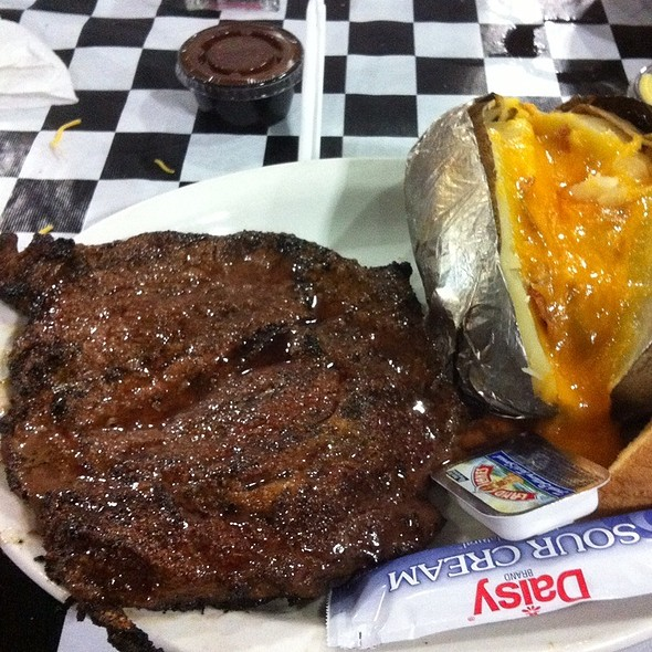 Steak And Baked Potato @ Fatty's Bar & Grill Laplace