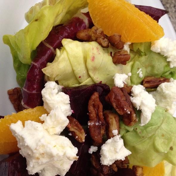 Beet Salad @ Wolfgang Puck Gourmet Express