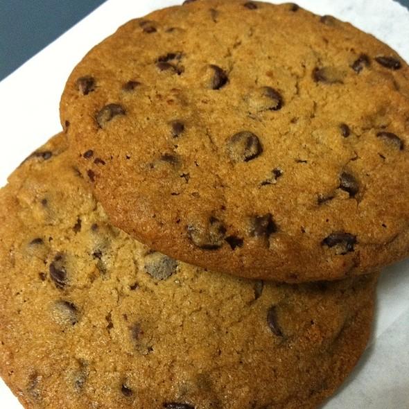 Chocolate Chip Cookies @ Pasta Pomodoro