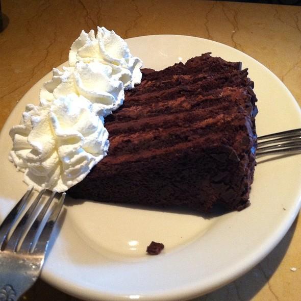 Cheesecake factory flourless chocolate cake