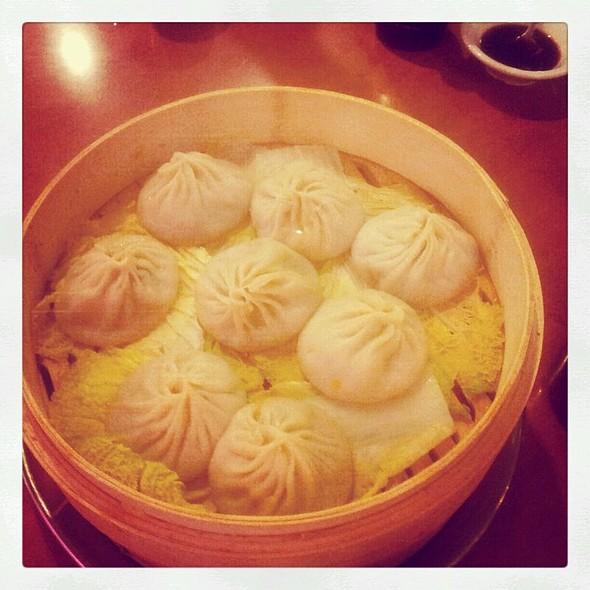 Pork Soup Dumpling @ Joe's Shanghai Restaurant