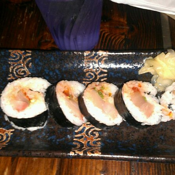 Spicy Yellowtail Roll @ Sudachi