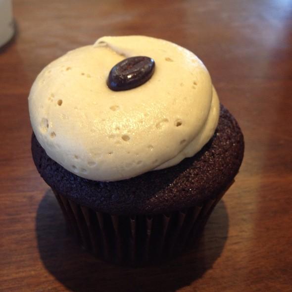 Mocha Cupcake @ Fraiche Cupcakery