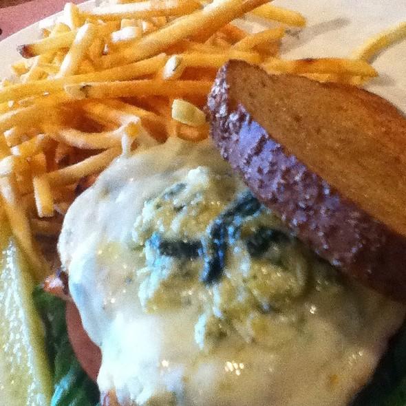 Spinach/Artichoke Chicken Sandwich @ Granite City Food & Brewery Omaha