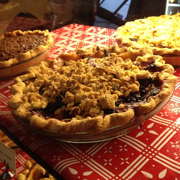 Country Peach Pie @ Chile Pies