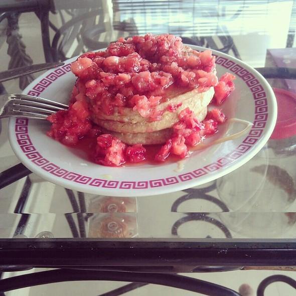 Oatmeal Pancake W Strawberries @ X's Place