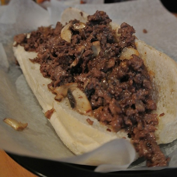Philly Cheesesteak With Mushrooms