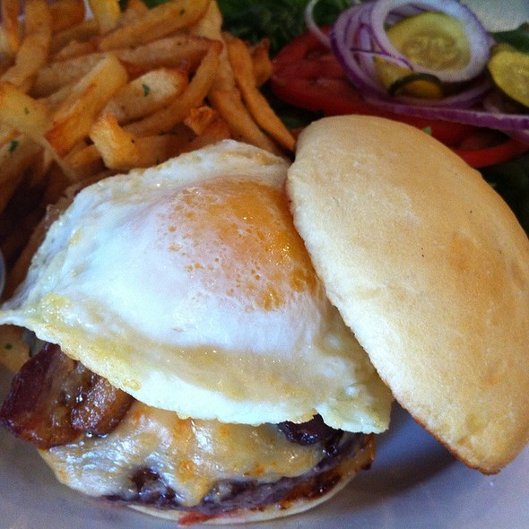 Junkie Burger @ The Eatery