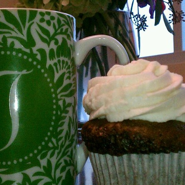 Gluten-free Dairy free Carrot cake cupcake @ Cookie Momsters