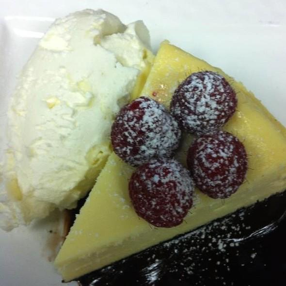 White Chocolate Cheese Cake - Lightfoot Restaurant, Leesburg, VA