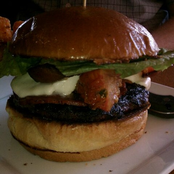 Bring It On Burger @ Tryst Cafe