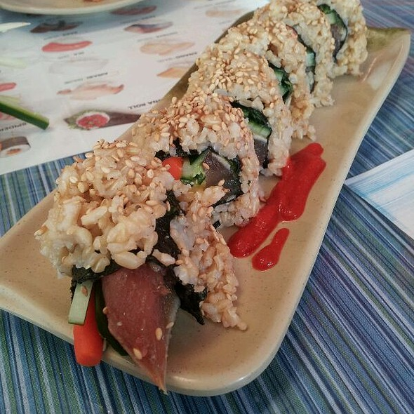 Albacore tuna brown rice roll @ Mountain View Restaurant