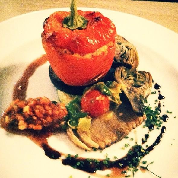 Filled Pepper With Vegetables @ Drei König Delikatessen