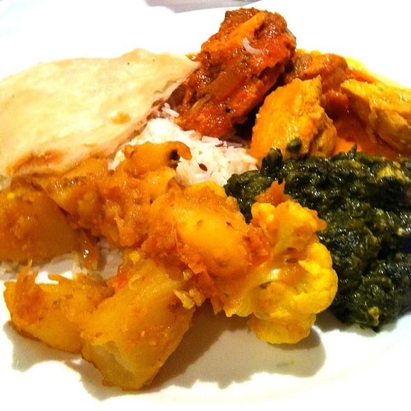 Indian Buffet - Nawab Indian Cuisine - Williamsburg, Williamsburg, VA