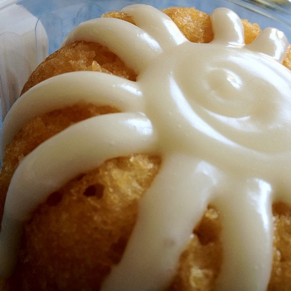 White White Chocolate Bundt Cake @ Nothing Bundt Cakes