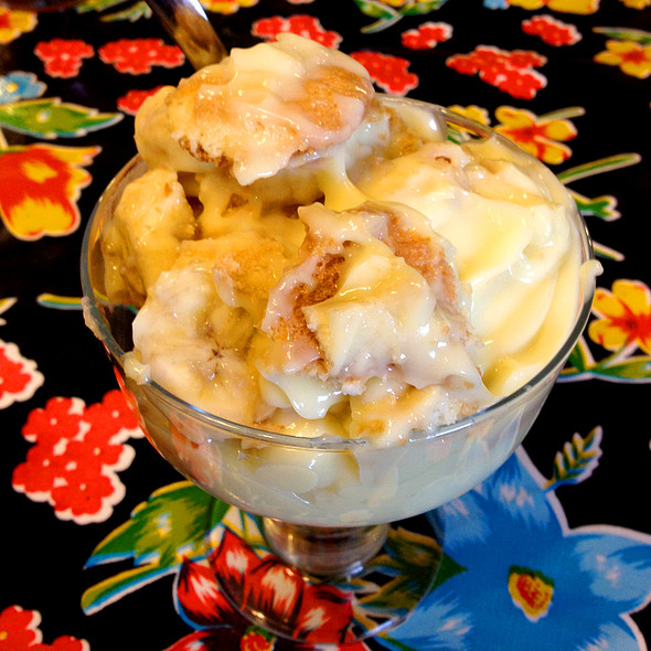 Banana Pudding @ Pappy G's Country Kitchen
