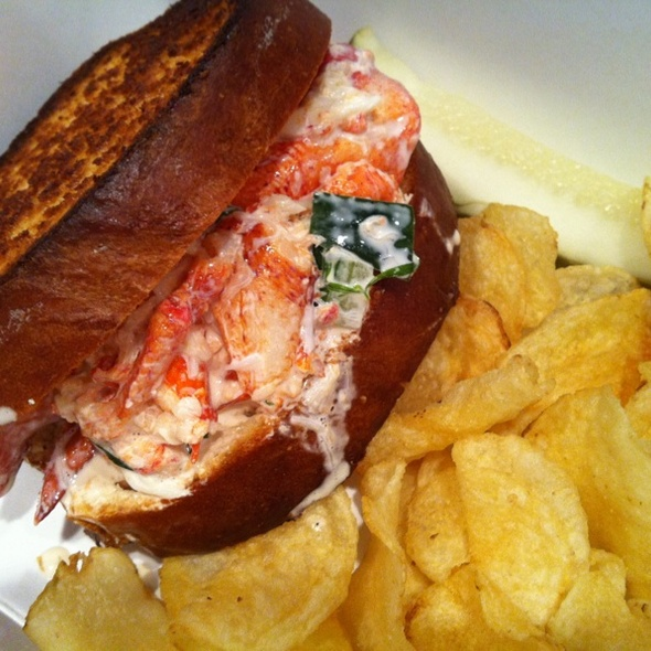Lobster Roll (Sandwich) @ Smack Shack