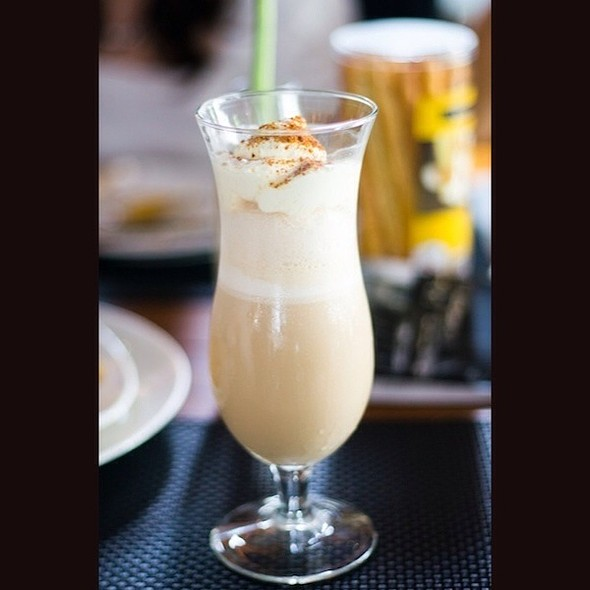 Caramel Blended Coffee @ Cheese Cake Factory