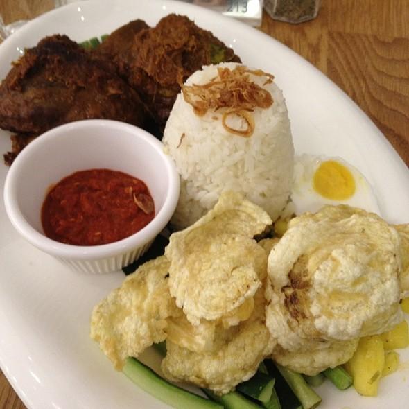 Beef Short Rib Rendang @ Delicious @ Scotts Square