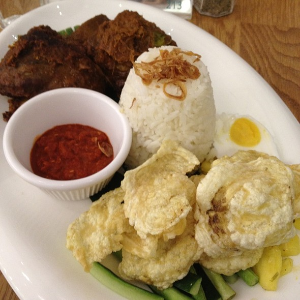 Beef Short Rib Rendang @ Delicious @ Scotts Square