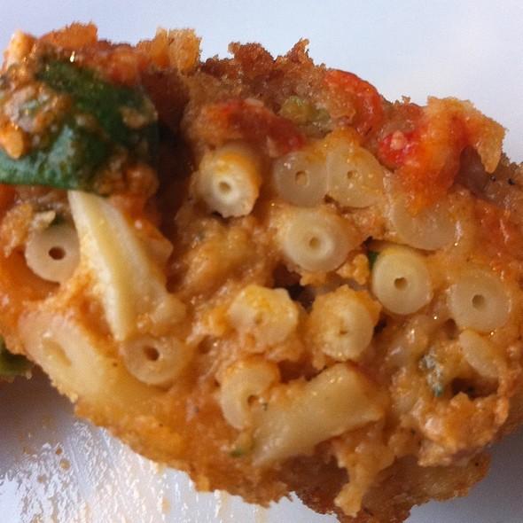 Pizza Di Maccheroni @ Pizzeria E Tradizione