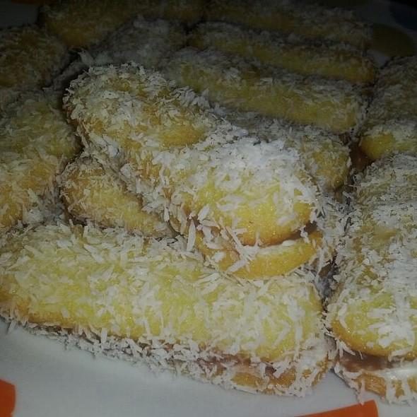 Pavesini Con Cioccolato, mascarpone e Cocco !!! @ Daniele Pugliese - Rende (cs)