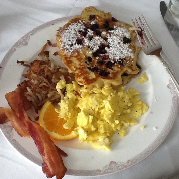 Blueberry Pancakes - The Palace - Cincinnatian Hotel, Cincinnati, OH