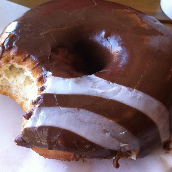 Doughnut With Chocolate And Earl Grey @ Dough