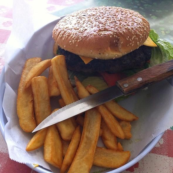 George's Burger