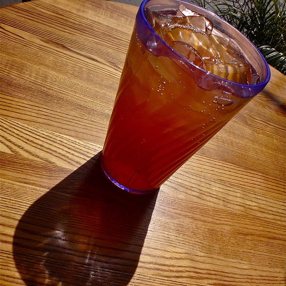 Cinnamon Iced Tea @ Naked Lunch
