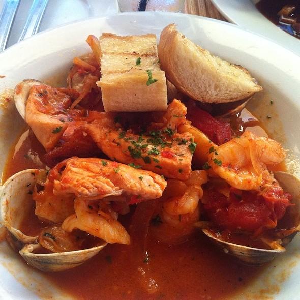 Seafood Cioppino @ 17 North