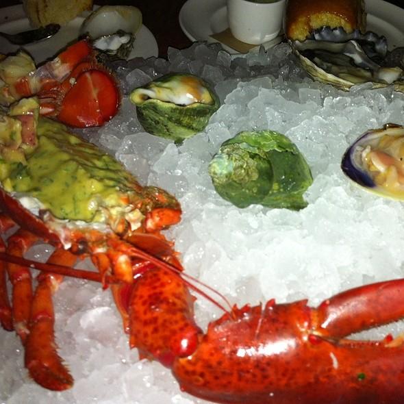 Small Shellfish Plateaux @ John Dory Oyster Bar