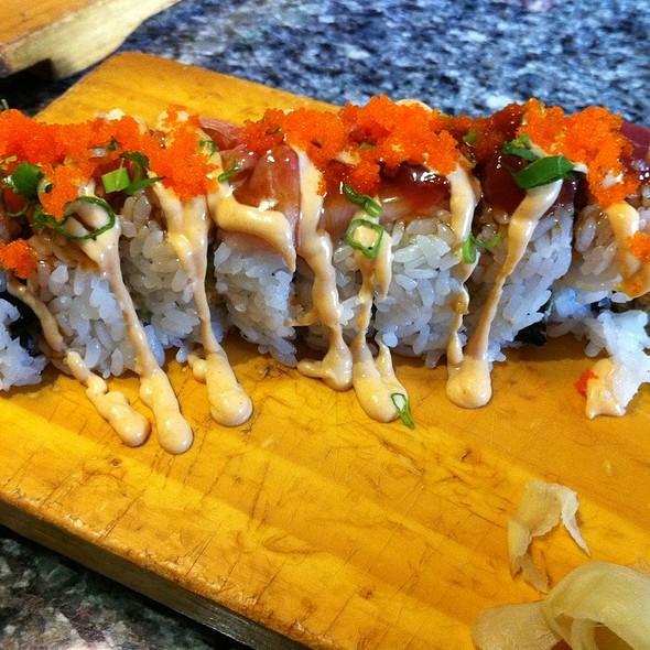 Diner Source Roll @ Nishiki Sushi