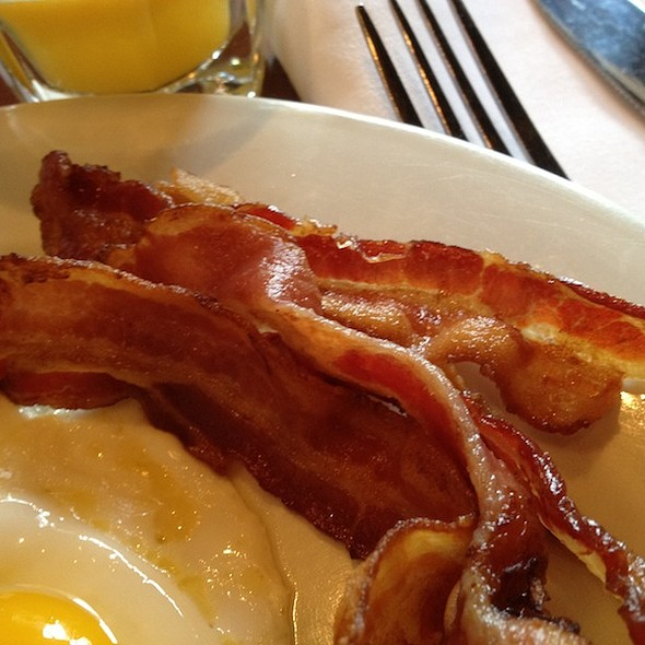 Bacon @ Joe's American Bar & Grill
