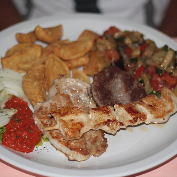 Grigliata mista di carne @ Croatia