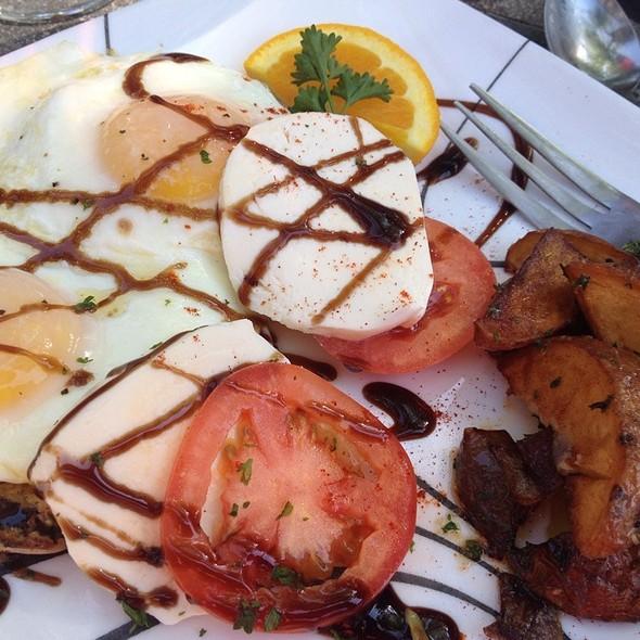 Egg Caprese - Raintree Restaurant, St. Augustine, FL