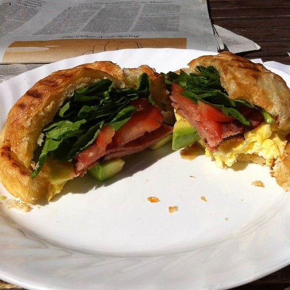 Scrambled Egg With Avocado, Canadian Bacon, Tomato, Letttuce Egg Sandwich