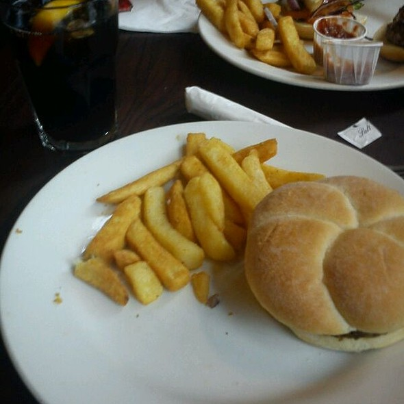 Burger @ The Standing Order (weatherspoon)