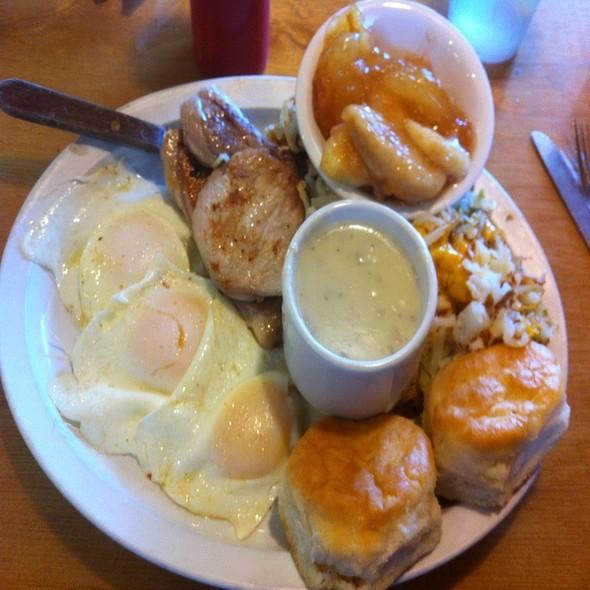 Gretchen's Favorite @ Powhatan Restaurant