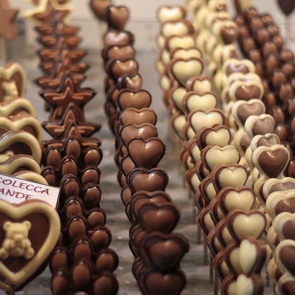 Cioccolatini e Praline assortiti @ Fiera Artiginale